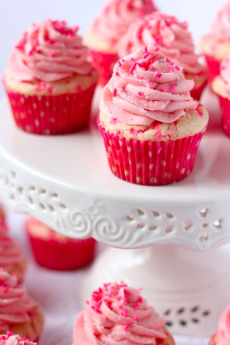 Pink Confetti Cupcakes. So pretty! Definitely perfect for a little girl's birthday party. Great for a baby shower too. #babyshower #cupcakerecipe