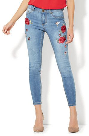 Soho Jeans - Embroidered High-Waist Ankle Legging - Medium Blue Wash