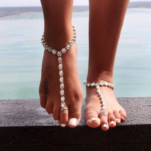 379 best images about WOMENS' FASHION : BAREFOOT SANDALS ...