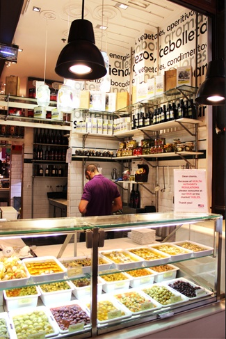 Mercado de San Miguel | Madrid #madrid #travel #destination and great places to go