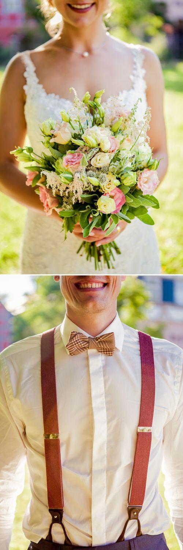 wunderschöner, locker gebundener Brautstrauß mit zarten verzweigten Röschen in rosa und creme