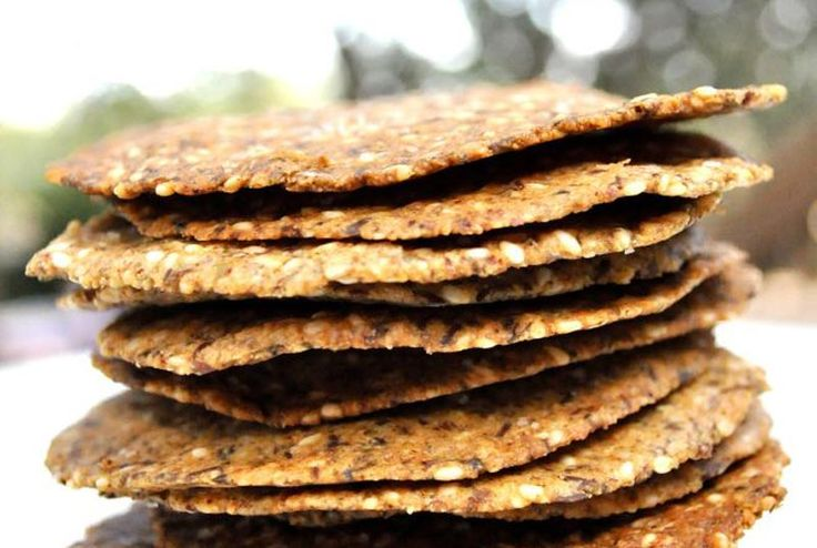 Seed crackers with nut paste
