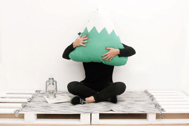 Kissen - Jade Berg Kissen XL - ein Designerstück von PAPARAJOTEFACTORY bei DaWanda