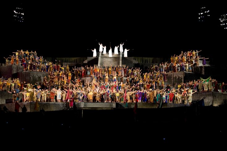 7 Wonders of the Mormon World: Hill Cumorah My dream vacation...to go back to NY to see the Hill Cumorah Pageant.