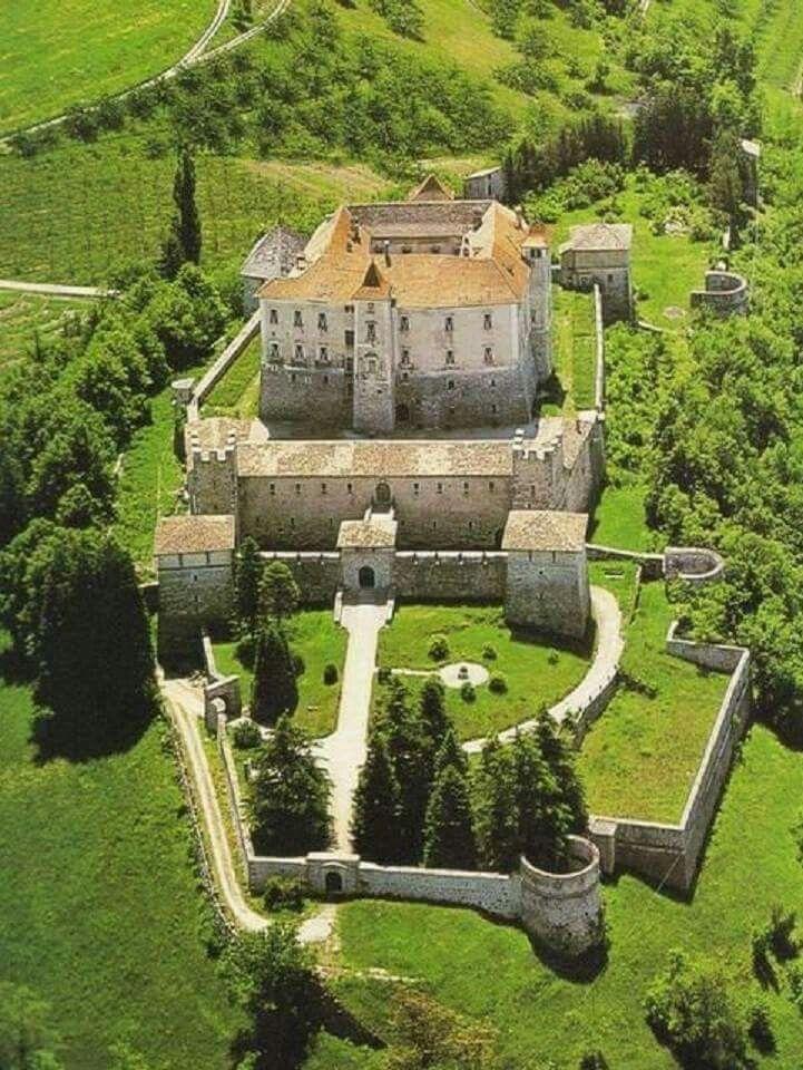Castel Thun Ton, Trentino-Alto Adige, Italy
