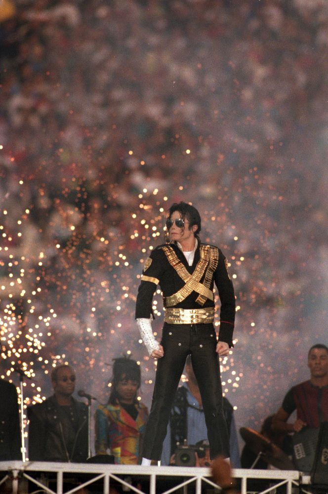 Michael Jackson at the greatest super ball ever.