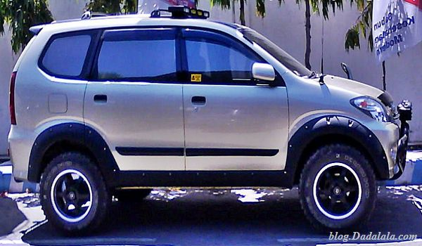 Toyota Avanza Offroad