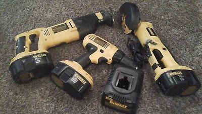 Dewalt 18 Volt 3 Tool Cordless Power Tool Set with 3 batteries & charger