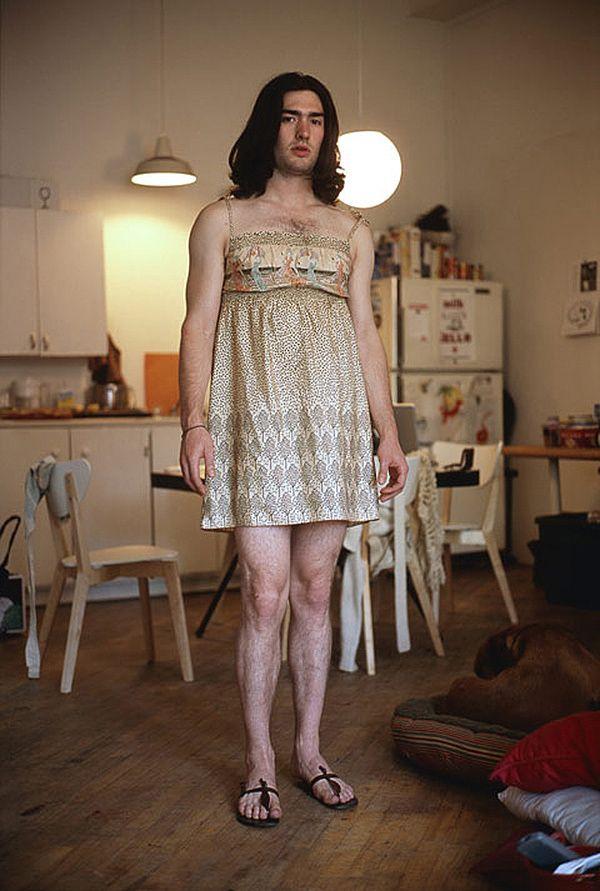 Cross Dressing Portraits Make A Point In Jon Uriarte's ...