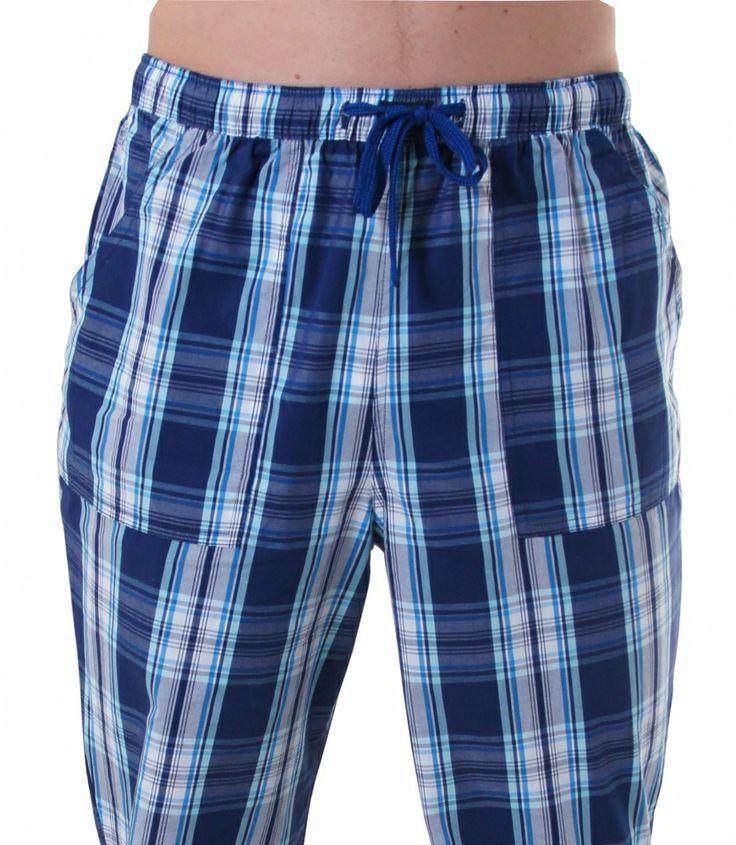 Bequem & stylish - mit den brandneuen Pyjamahosen von DEAL kein Widerspruch.  Die behagliche Baumwolle und der lässige Schnitt mit langem Bein und aufgenähten Taschen lassen diese Pyjamahose zum Wohlfühl-Erlebnis werden.  Mit dieser blau/weiß karierten Pyjamahose in bewährter DEAL Qualität machen Sie zu jeder Tages- und Nachtzeit eine gute Figur. Für weitere Infos: http://www.boxxers.de/DEAL-Homie-Karos-blau-weiss_8