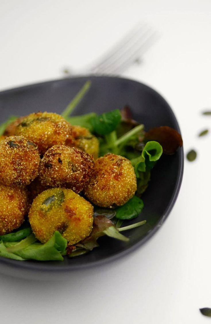 Polpette fritte patate e zucca alla curcuma - ricetta vegan