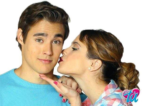 violetta leon and violetta kiss  Imagenes de Violetta Y Leon