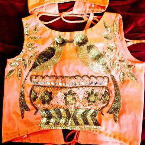 the motif in designersuits #uk  #london #insta #womenwear #salwarkameez #ethnicwear #indian #desifashion #fashion #fashionista #salwar #ice2016 # bridalfashion #couture #bride #pakisatnibride #pakistanidrsigner #pakistani dress #bridalwear #suit #celebrities #beauty #gown #bollywood #bags #salwarsuit #anarkali #mumbai #picoftheday #ethnic #saree