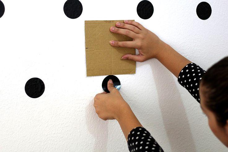 Como fazer uma parede de bolinhas em casa | Salto Agulha