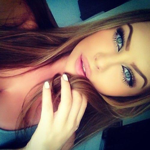 Beautiful Natural Makeup - Lashes - Light Pink Lips