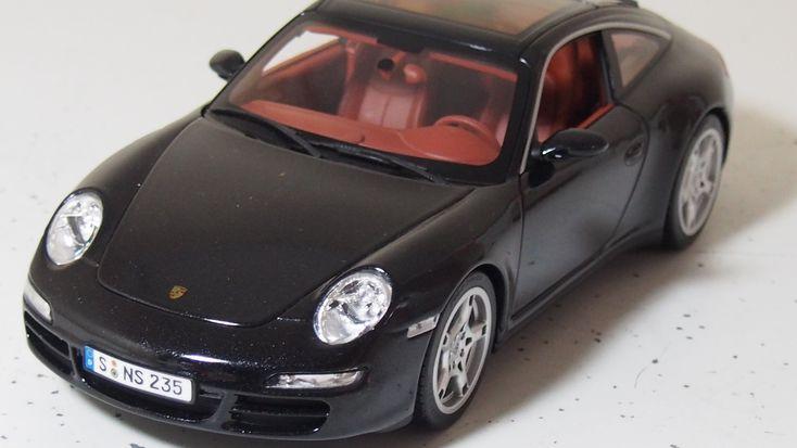 Porsche 911 (977) Targa 4S 1:18 scale by norev