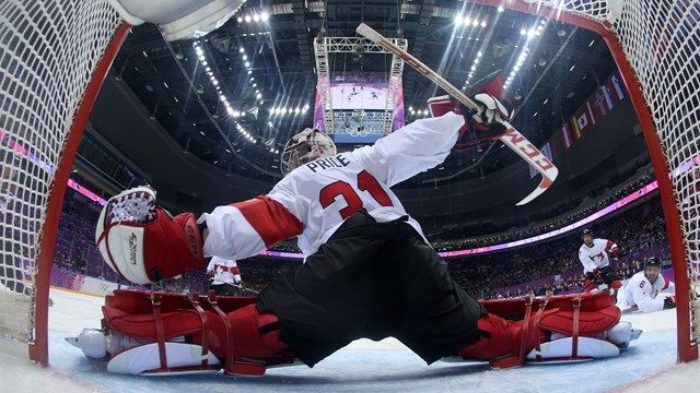 JO Sotchi - 19 février 2014 - Carey Price a fait face à 16 tirs contre la Lettonie (Photo : Reuters).