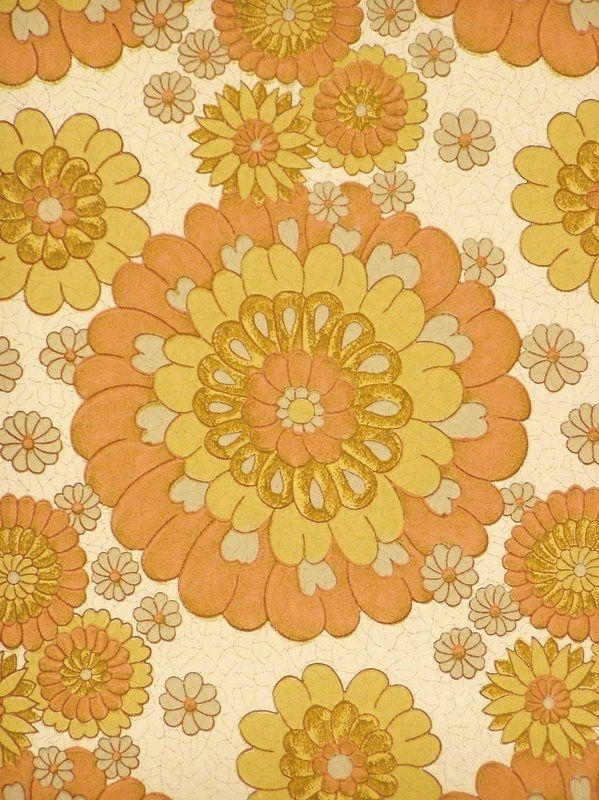 Original vintage flower wallpaper with pattern in soft colors of pink and green, the pattern has a little bit the impression of being colored with chalk.