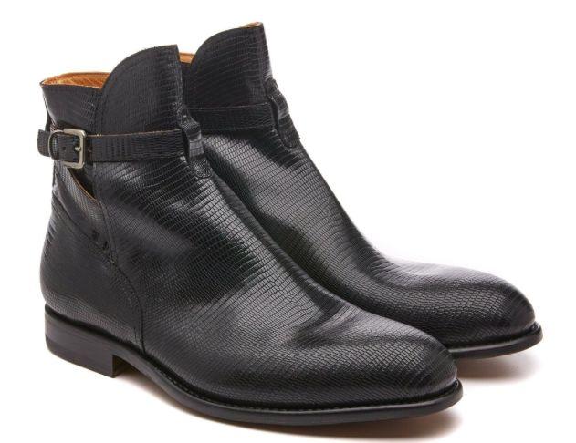 Trot Around Town!: Armando Cabral Jon #Boots