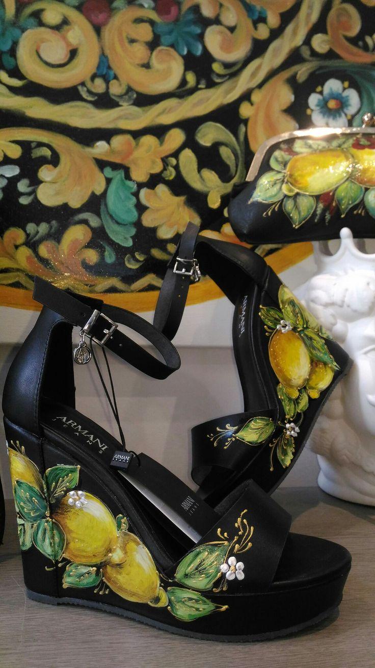 Scarpe dipinte a mano, sicilianstyle, Sicilia, moda ,limoni , profumo di zagara , Hand Made ,  laboratorio d' arte Leonardo da Vinci . Giovanna colomba artist