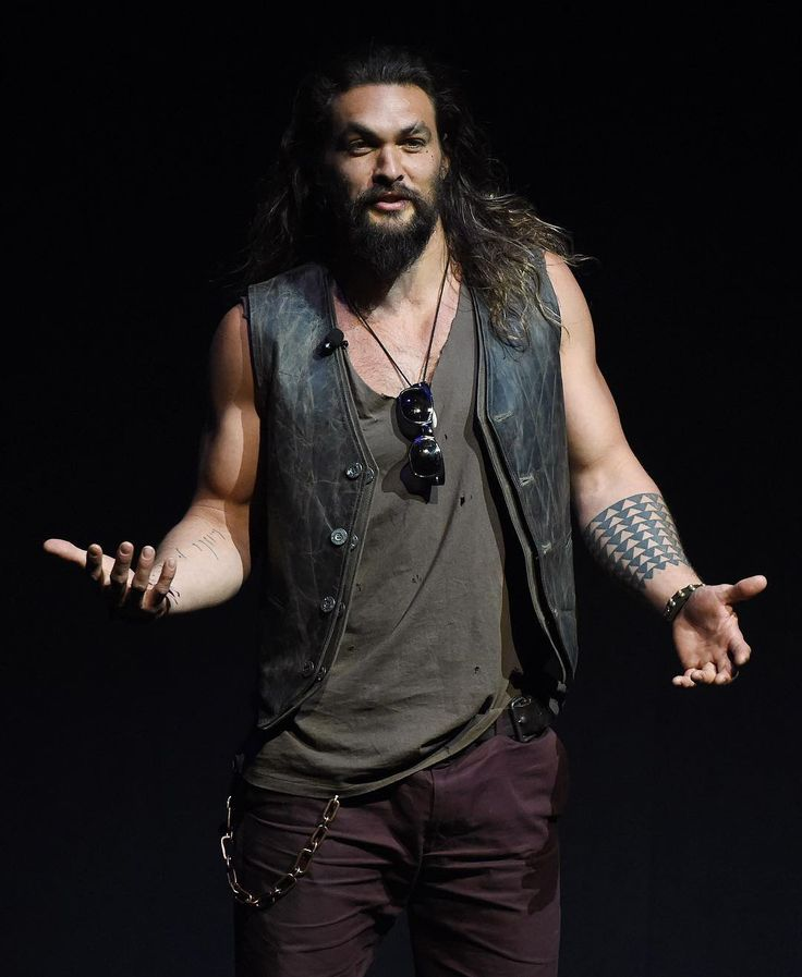 """LAS VEGAS — Jason Momoa told theater owners at CinemaCon that he was leaving on Wednesday evening to fly to Australia to begin production on """"Aquaman."""" Consequently, the superhero film didn't have a trailer to show exhibitors. That didn't stop Momoa and director James Wan from debuting a video rich with production art that promised to take audiences to a dazzling underwater universe. """"I want the audience to experience Atlantis in the way that Aquaman experiences it as well,"""" said Wan, whose…"""