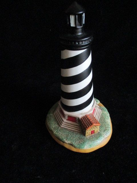 "1993 Geo. Z. Lefton Cape Hatteras Lighthouse North Carolina #01188 6"" (15 cm.) Tall by VantiqueFinds on Etsy"