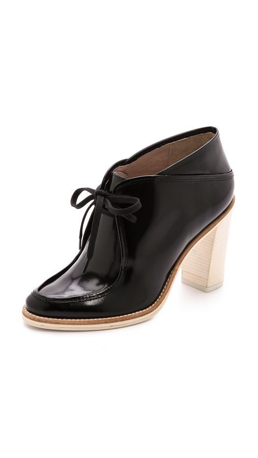 #TuesdayShoesday: Shop 10 Office-Appropriate Boots via @WhoWhatWear