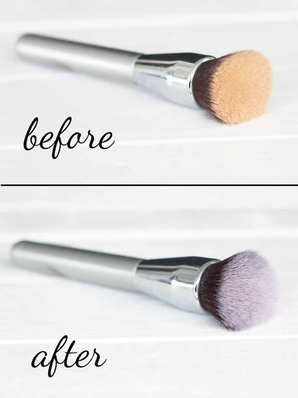 DIY makeup brush cleaner - this recipe is so simple, I didn't even know you could make your own!