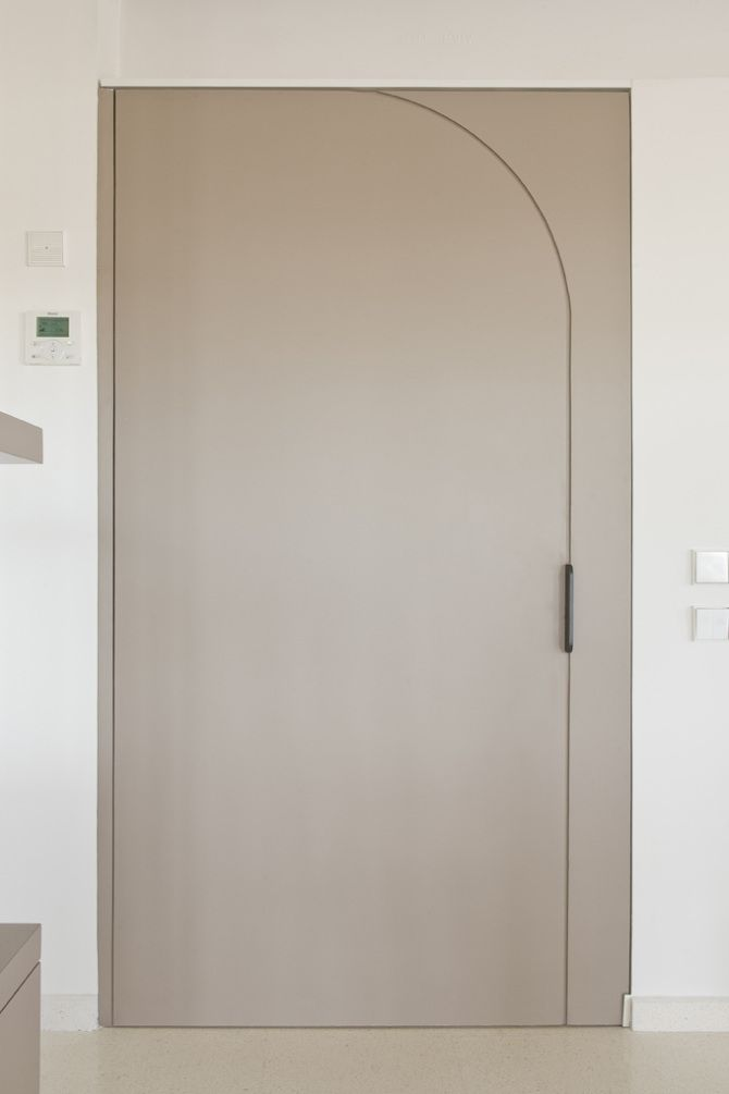 white pivot door hallway | #interior #design #ap