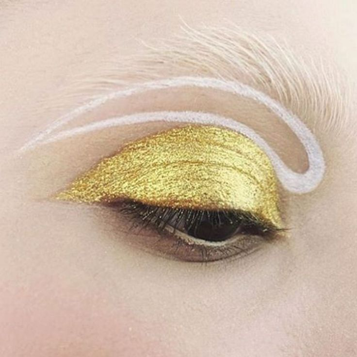 Be brave! Canadian makeup artist Kelseyanna Fitzpatrick created this post-modern eye with Pat McGrath's gold eye shadow that practically sold out before it hit the shelves.  http://www.refinery29.uk/2016/04/108194/instagram-eyeshadow-colour