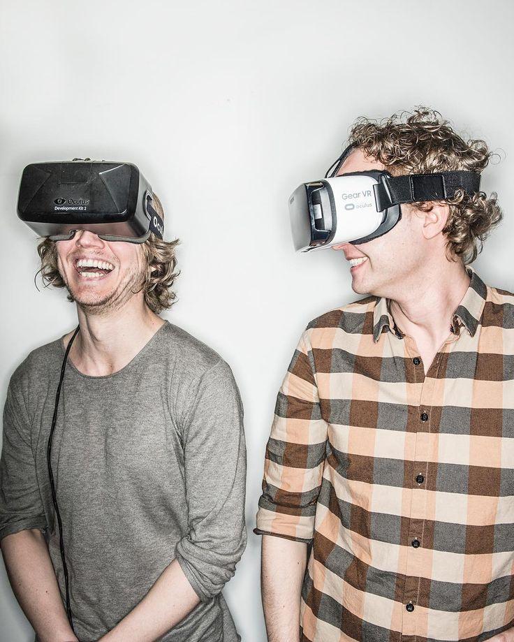 Är vi redo för en virtuell verklighet? @svdkultur:s Sam Sundberg har gått på djupet och bland annat träffat Samuel Härgestam och Svante Fjaestad som driver svenska spelstudion Redstone Studios. Läs hela texten på SvD.se eller genom att följa länken i vår profil  : @fotografyvonne #redstonestudios #vr #virtualreality by svenskadagbladet - Shop VR at VirtualRealityDen.com