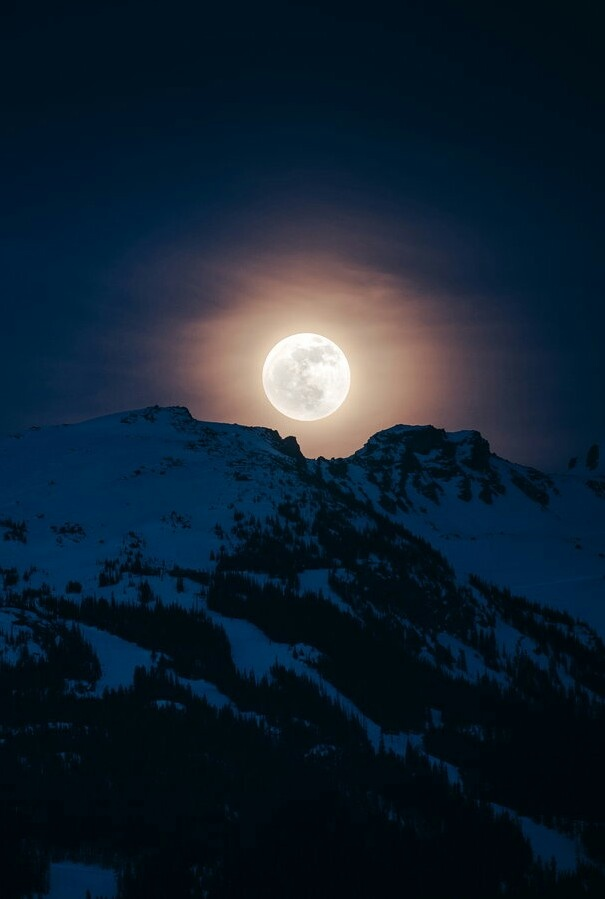 Blackcomb Moon