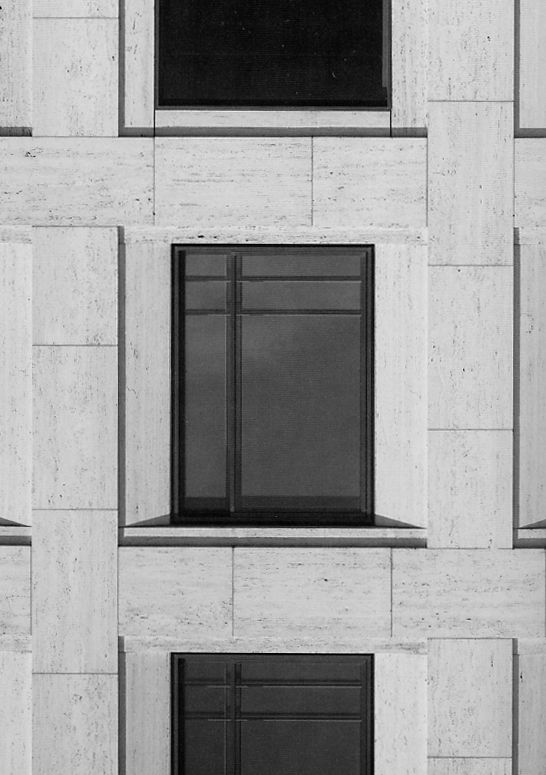 Detail of the facade of the Leipziger Platz by Kleihues+Kleihues Architekten. Very subtle weave pattern in the classical facade.