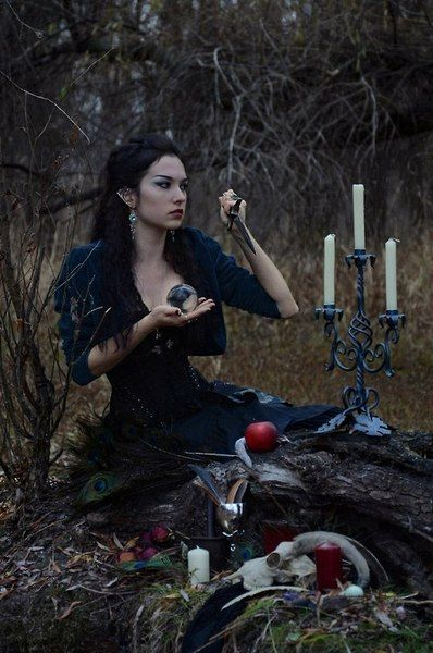 morg-ana:  ☽ astrology, witchcraft  nature ☾
