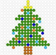 Deze kralenplank en vele andere in het thema kerstmis kun je vinden op de website van Juf Milou.
