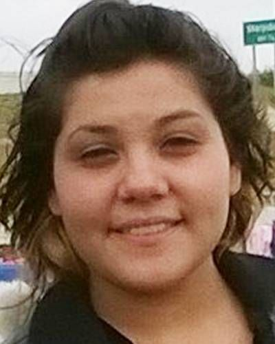 "JHESENIA LEAL           Missing Since         Apr 25, 2014         Missing From         Beeville, TX         DOB         Apr 2, 1999         Age Now         15         Sex         Female         Race         Hispanic         Hair Color         Brown         Eye Color         Brown         Height         5'8""         Weight         175 lbs  Jhesenia may be in the company of a female. They are believed to be in Beeville, Corpus Christi, or San Antonio, Texas."