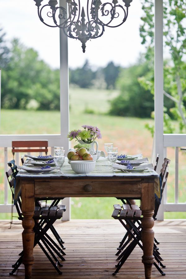 Outdoor Dining In Country French Style Mesas Porch