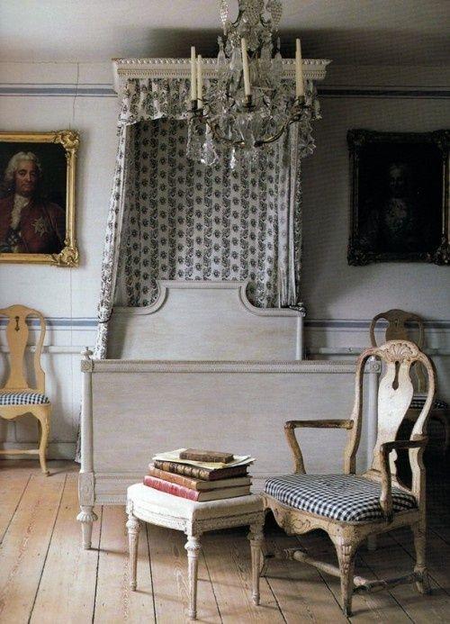 Gustavian Furniture