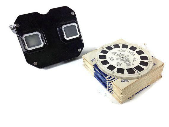 Vintage Viewmaster With 20 Vintage Reels - Antique Black Bakelite Viewmaster