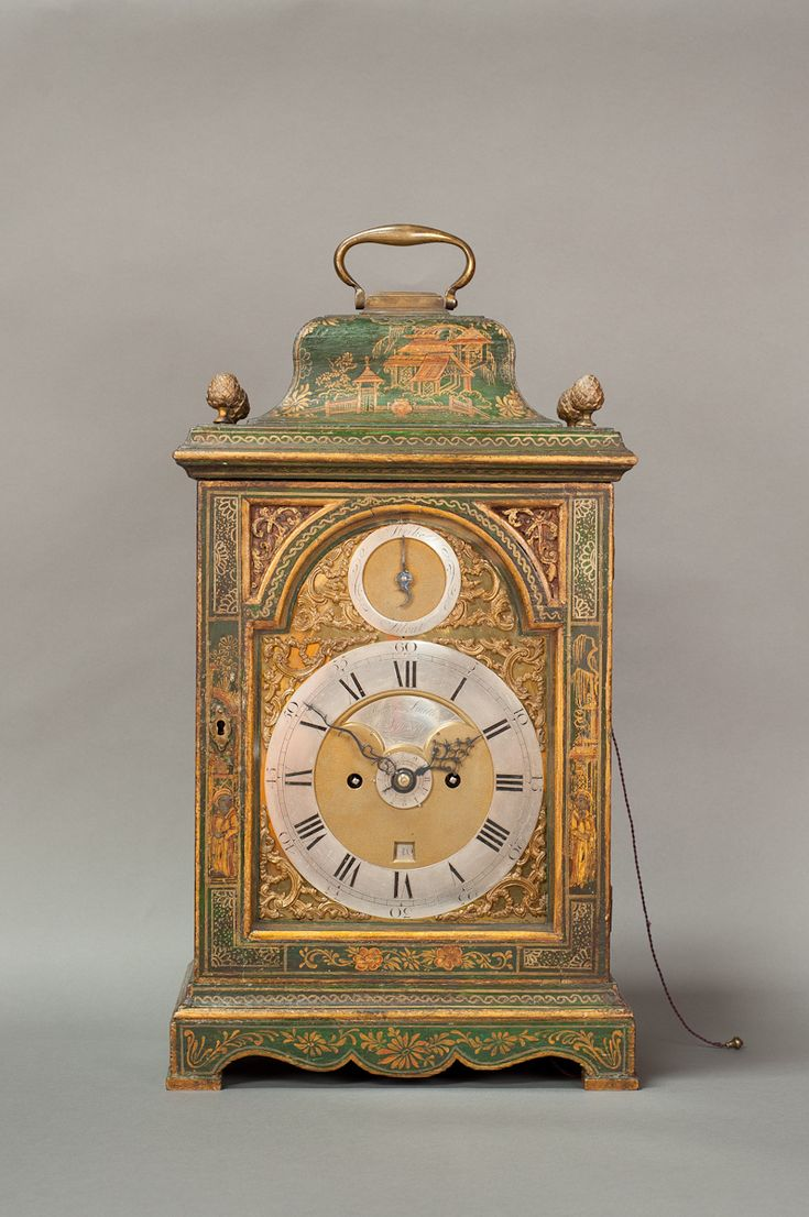 How to Identify Which Time Period a Mantel Clock Was Made