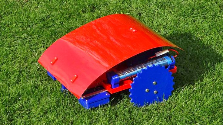 [ Life Hacks] Make Yourself a Cheap ‪#‎Robotic‬ Lawn Mower Click here: http://snip.ly/g6uca