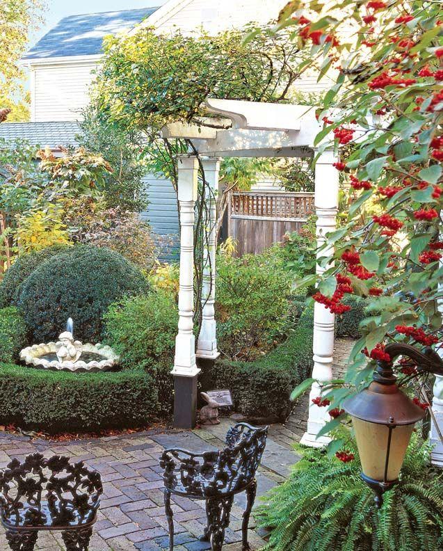 Pergola Designs For Old House Gardens