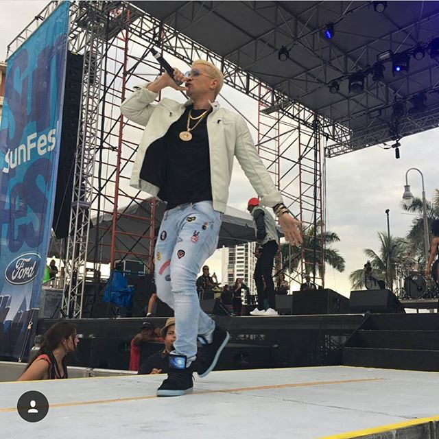 http://newyorkinasoriginal.com/es/17-galaxy-limited-edition-by-joe-galaxy.html 👟🌌. . 🎤 JOE GALAXY and da #DopeGalaxy movement SunFest 2017 Ford Stage wuz so lit 🔥..thank you @becky_ring for da photos..I'm overwhelmed with great pictures & videos more to come..😎 . 🎶 JOE GALAXY Music Available on iTunes, Google Play, Amazon, Pandora Radio, Everywhere 😎🔥🔥🍾🍾🍾💯❤. . #JOEGALAXY #WelcomeToMyGalaxy #tour #HotCollegeGirl #BangBang #ImSoDrunk #DrinkinTheNightAway #TheJoeGalaxy…