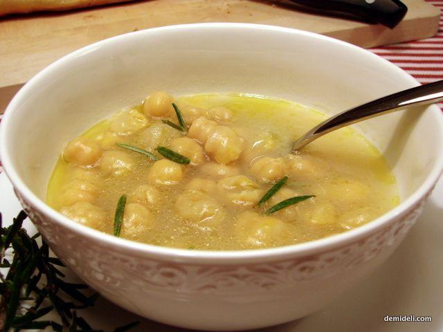 Ρεβύθια Σούπα με Δενδρολίβανο (demideli.com)