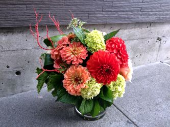 Christmas Wreaths | Holiday Flowers | Seattle Florist for Delivery | Willow & Bloom - Seattle Flowers | Seattle Flower Shop | flower delivery | fremont flowers | floral arrangements | plant arrangements | flower delivery to greater seattle, eastside, bell
