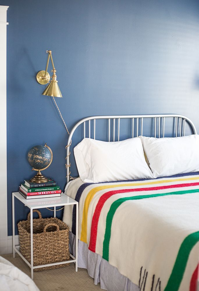 Hudson Bay Point blanket - Navy blue bedroom at Carlton Landing - lake house master bedroom - www.pencilshavingsstudio.com