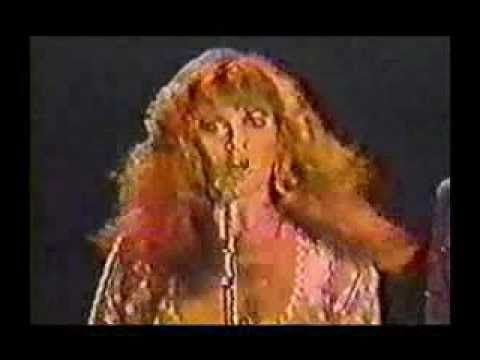 Stevie Nicks - Edge of Seventeen (Original Official Video) I absolutely love this song.