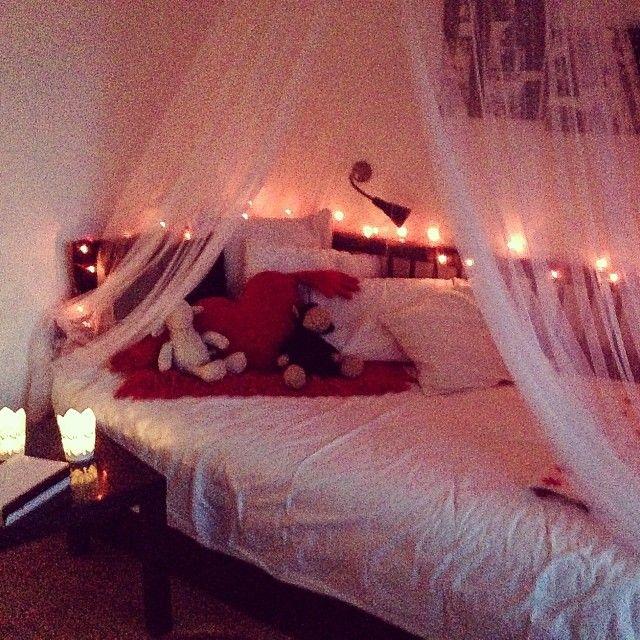 「まるでお姫様♡憧れの【天蓋付きベッド】のあるインテリアまとめ」に含まれるinstagramの画像 MERY [メリー]