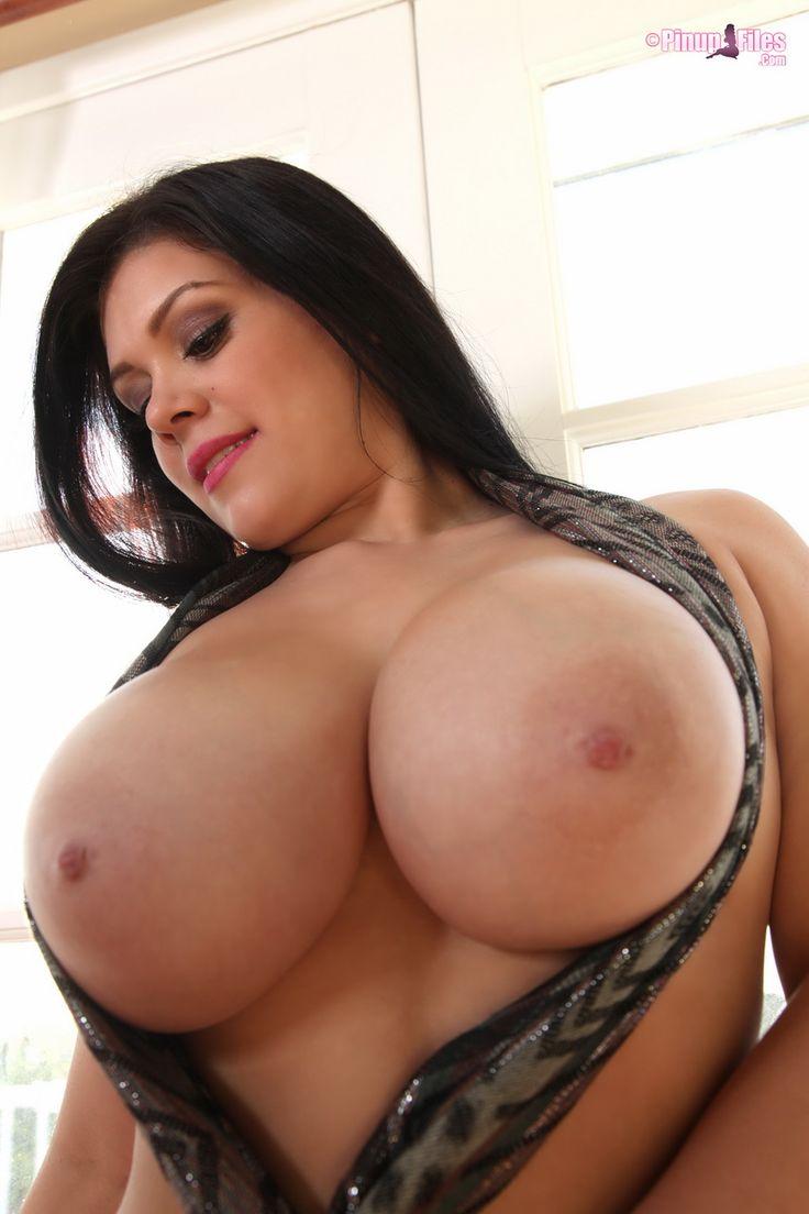Das ist Big lesbian boobs have