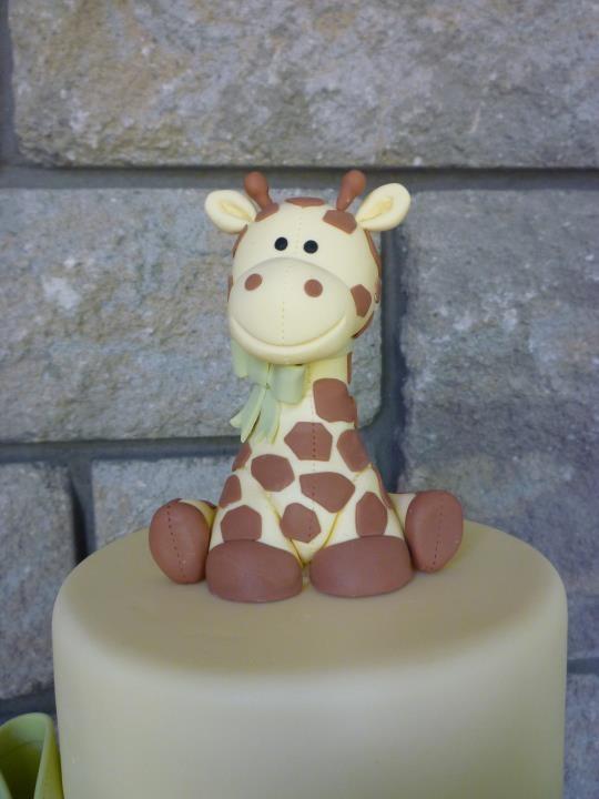 cute little giraffe topper